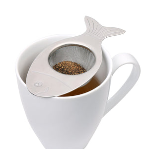 kikkerland fish tea strainer