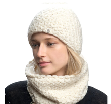 Load image into Gallery viewer, merino beanie nirvana designs model