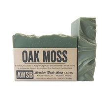 Load image into Gallery viewer, oak moss a wild soap bar