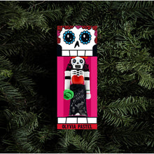 Load image into Gallery viewer, Olivia pastel ornament monster crackers