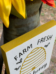 Farm Fresh Local Honey shows a close up of the painted border.