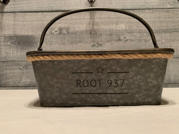 Root 937 Galvanized metal Divided Basket with rope at top