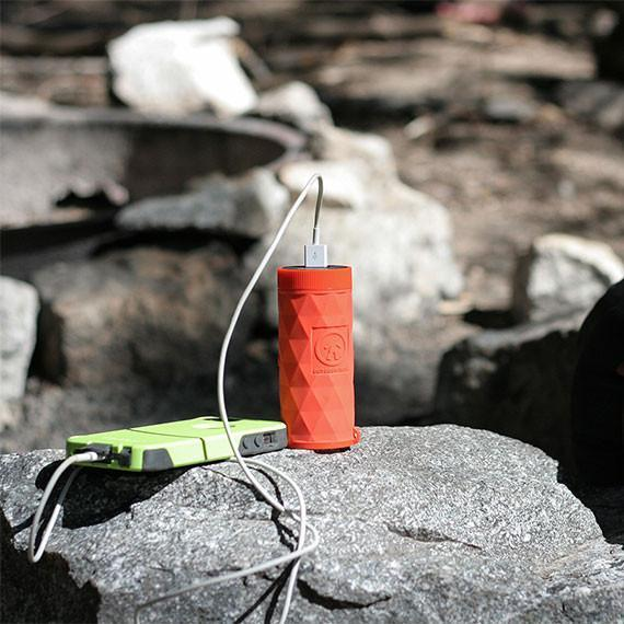 Buckshot Pro Mini Wireless Speaker / Flashlight / Powerbank - TechSmartWear