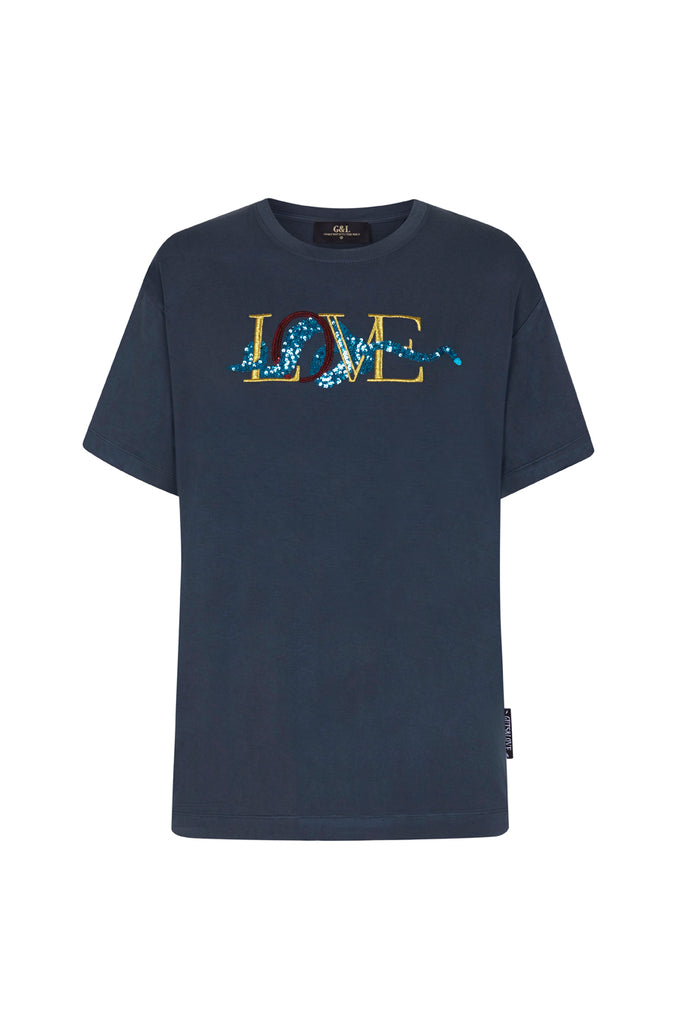 Guts and love. Silueta de la camiseta underneath love tee B de la colección primavera verano 2020 Underneath the star