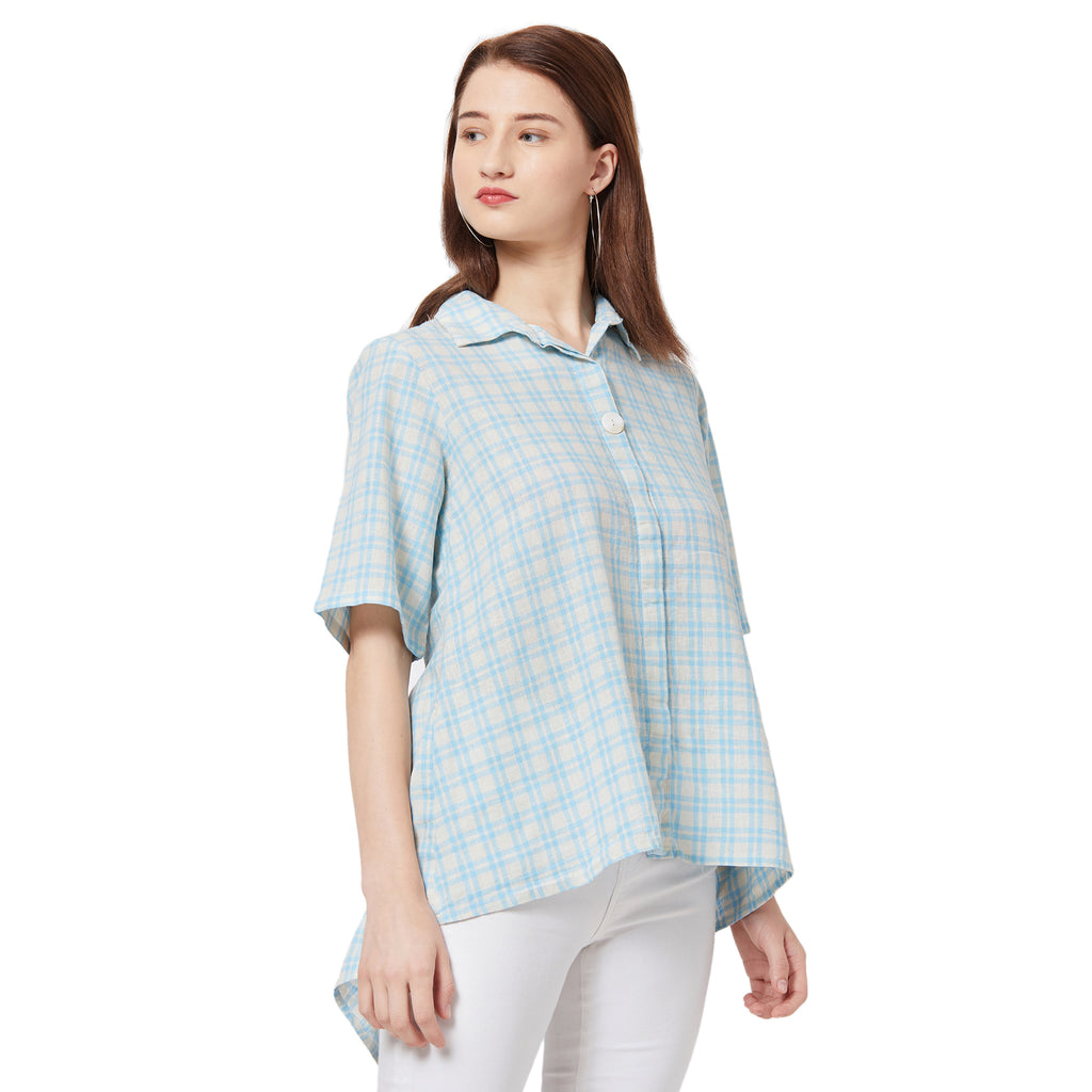 Half sleeve collared shirt with a button-up front