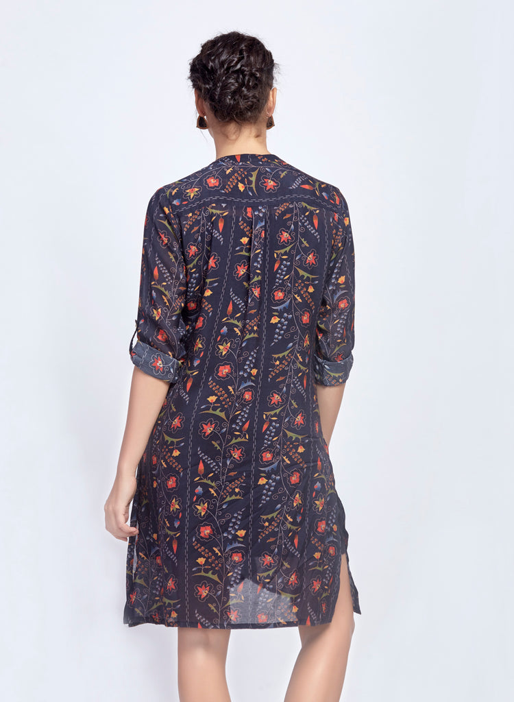 Printed tunic with embroidery