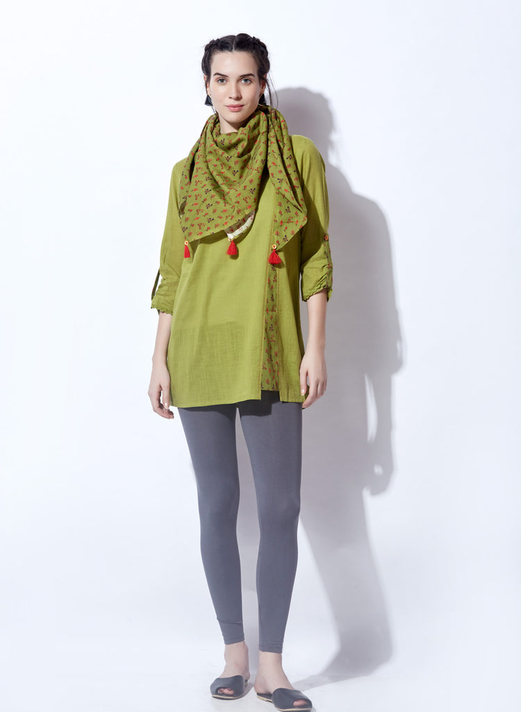 Solid Hue Tunic With Scarf In Contrast Print