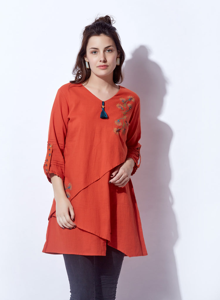 Solid Hue Layered Tunic With Block Print