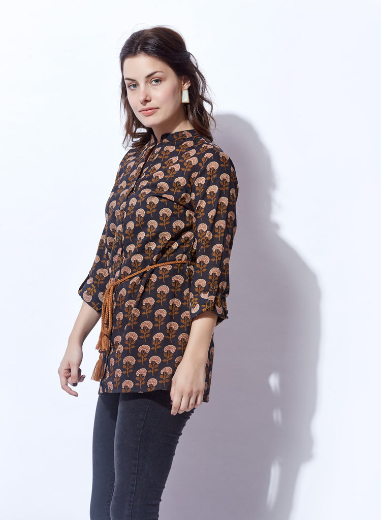 Printed shirt style belted top