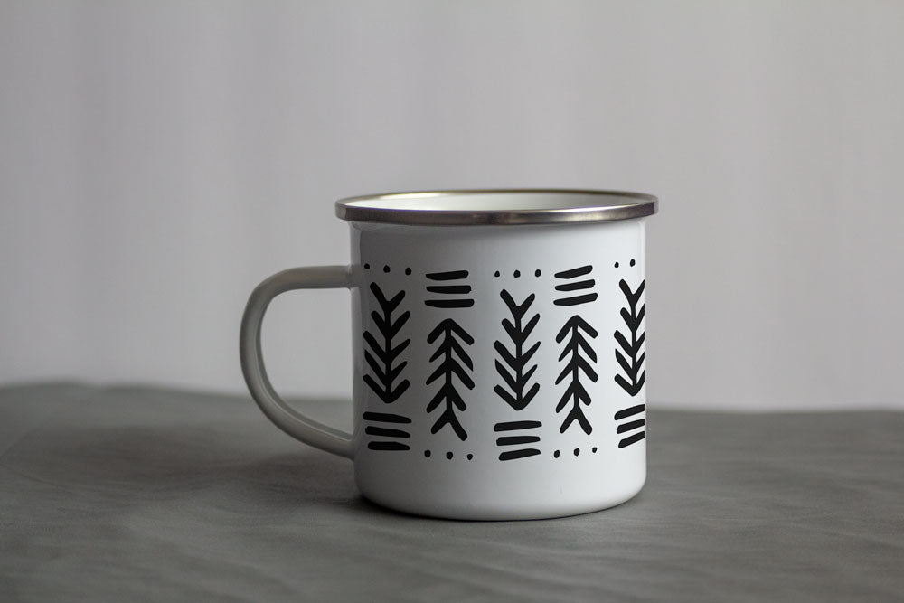 Arrow Pattern 12 oz White Enamel Mug Coco and Seed