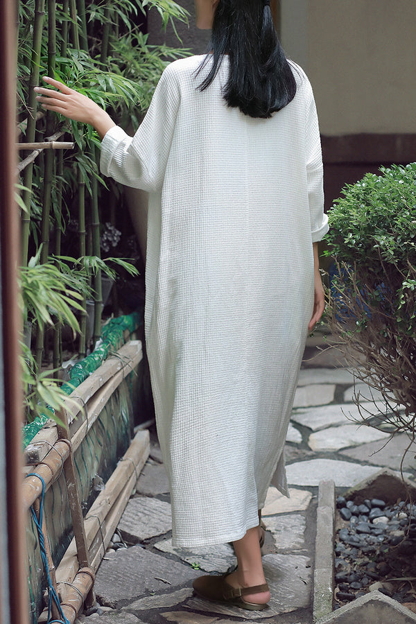 Women Retro Round Neck Long Sleeves Linen and Cotton Dress