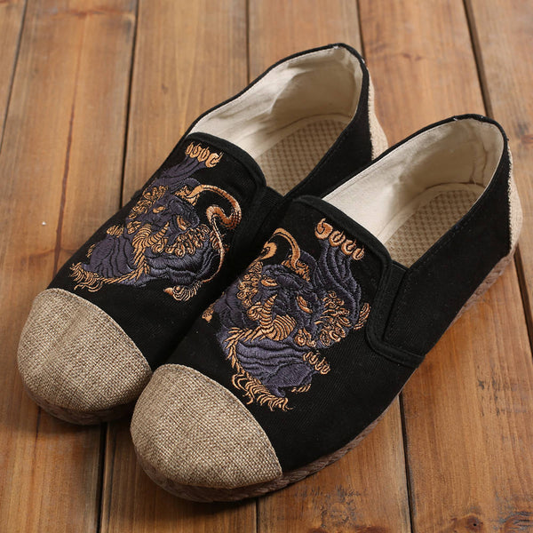 Chinese Style Ancient Animal (Kirin) embroidery Linen Shoes