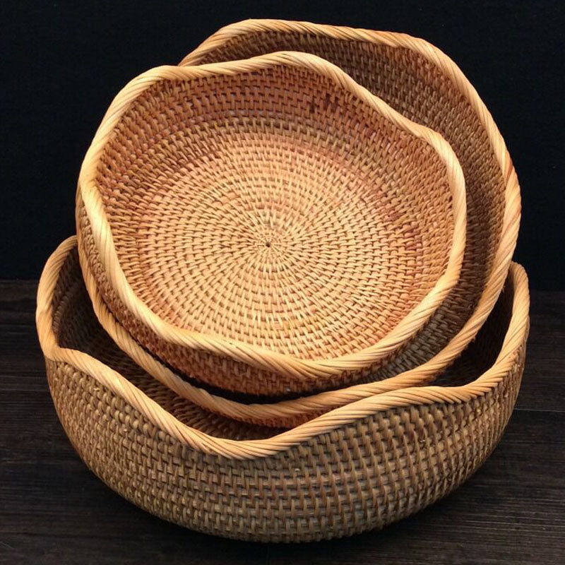 Storage basket for fruits and bread