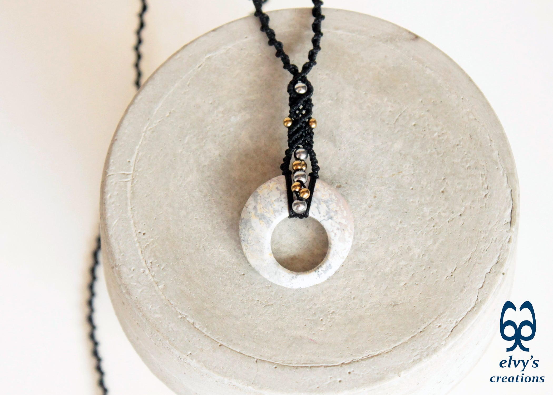 Key necklace with agatas and hematites