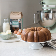 Load image into Gallery viewer, Bundt Cake Pan