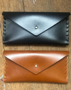 Julienne English Workshop Leather Clutch and Key Fob