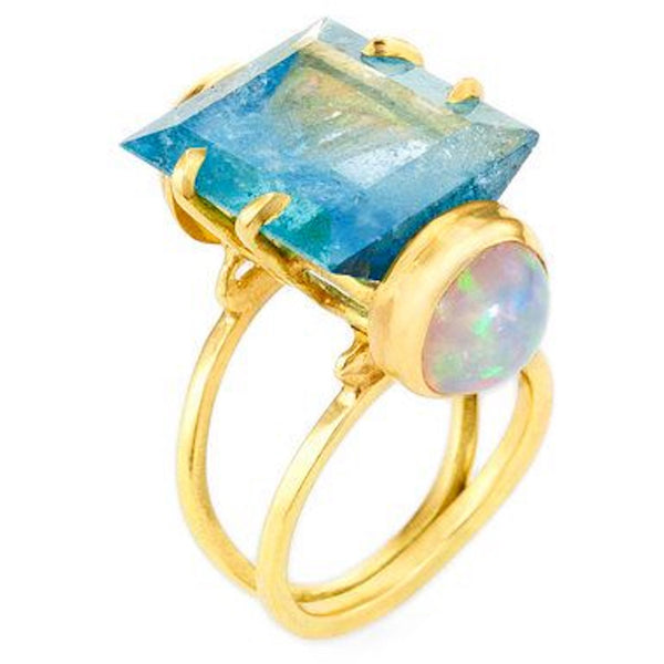 18k Aquamarine Ring