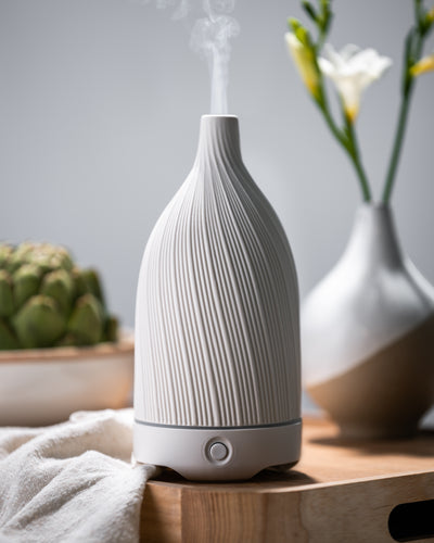 Textured White Ceramic Vase Diffuser