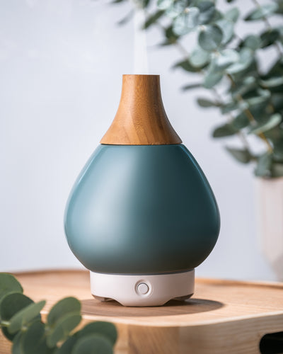 Green Glass Vase Diffuser with Wood Neck
