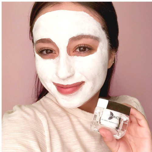 Get Glowin' Brightening Mask