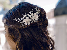 Load image into Gallery viewer, Bridal Hair Comb HC2033