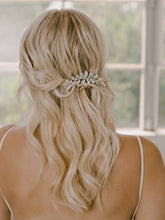 Load image into Gallery viewer, HC2146 Bridal Hair Comb