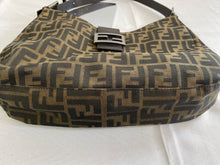 Load image into Gallery viewer, Fendi Shoulder Bag