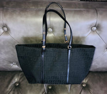Load image into Gallery viewer, Fendi Handbag