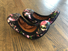 Load image into Gallery viewer, Givenchy Floral Flats