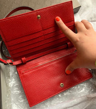 Load image into Gallery viewer, Gucci Women's Swing Red Leather Crossbody Clutch Wallet