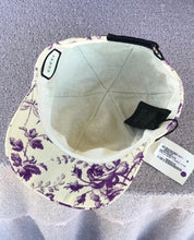 Load image into Gallery viewer, GUCCI Cappello  Donna T. Ikegami