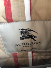Load image into Gallery viewer, White Burberry Jacket