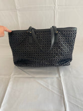Load image into Gallery viewer, Tory Burch Robinson Tote