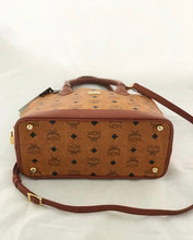 Load image into Gallery viewer, MCM Shoulder/Handbag