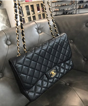 Load image into Gallery viewer, Chanel Single Flap Bag