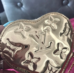 Louis Vuitton Monogram Mirror Miroir Heart Coin Purse Gold
