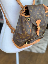 Load image into Gallery viewer, Louis Vuitton Montsouris Backpack