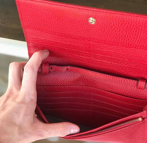 Gucci Women's Swing Red Leather Crossbody Clutch Wallet