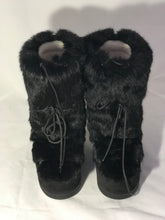 Load image into Gallery viewer, Ferragamo Fur Moon Boots