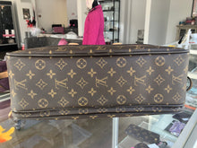 Load image into Gallery viewer, Louis Vuitton Icare Bag
