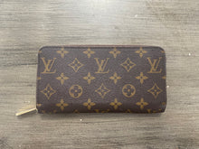 Load image into Gallery viewer, Louis Vuitton Monogram Zip Wallet
