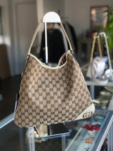 Load image into Gallery viewer, Gucci Canvas Shoulder Bag