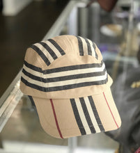 Load image into Gallery viewer, Burberry Hat