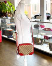 Load image into Gallery viewer, Gucci Bree Crossbody