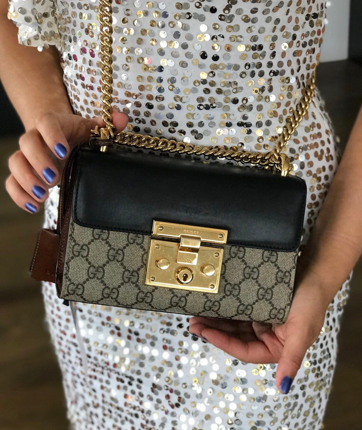 e62b0c7a2160 ... Load image into Gallery viewer, Gucci Padlock Small GG Shoulder Bag ...