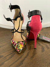 Load image into Gallery viewer, Suzanna Christian Louboutin pump