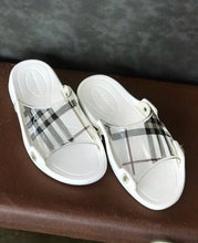Load image into Gallery viewer, Burberry Beach Flip Flops