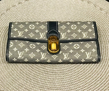 Load image into Gallery viewer, Louis Vuitton Denim Wallet