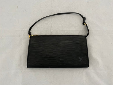 Louis Vuitton Épi Pochette