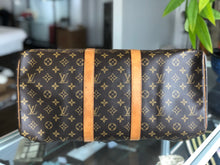 Load image into Gallery viewer, Louis Vuitton Keepall 45